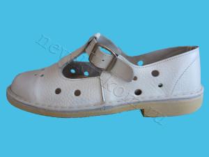 сандалии белые