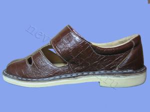 сандалии на липучке коричневые